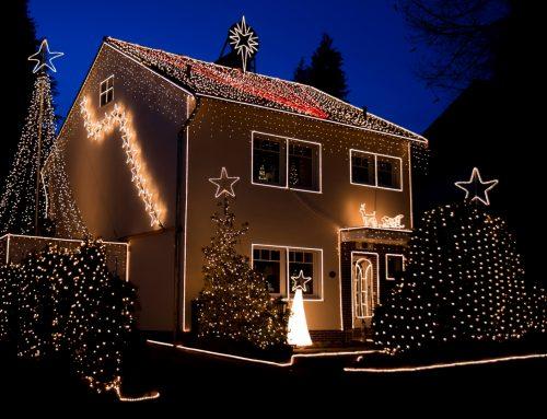 Weihnachtshaus funkelt wieder