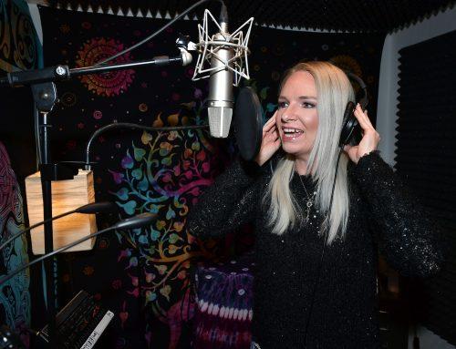 Melanie Junglas ist Mendigs  neuer Stern am Schlagerhimmel
