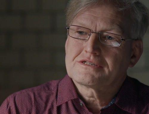 """""""Wochen der Demokratie"""": Politologe Hermann Ploppa stellt sein Buch vor"""