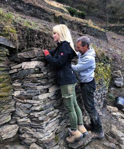 Plan R: Sarah Hulten erneuert die Trockenmauern